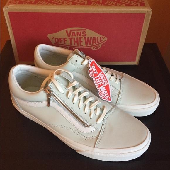 bb4d0206d40fd9 New Authentic Vans Women s Shoes